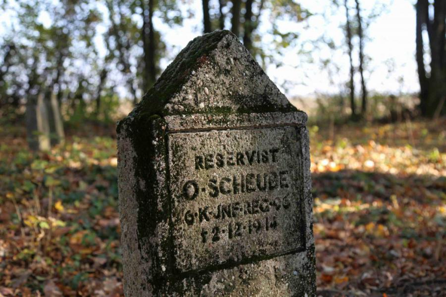 Bechcice cmentarz (2)