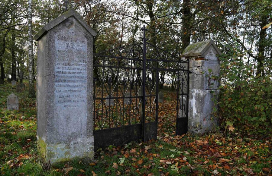 Bechcice cmentarz (3)